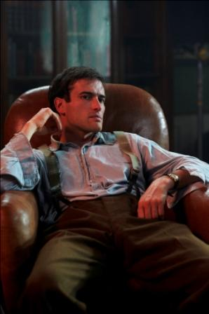 Ed Stoppard as Alan Turing in Codebreaker